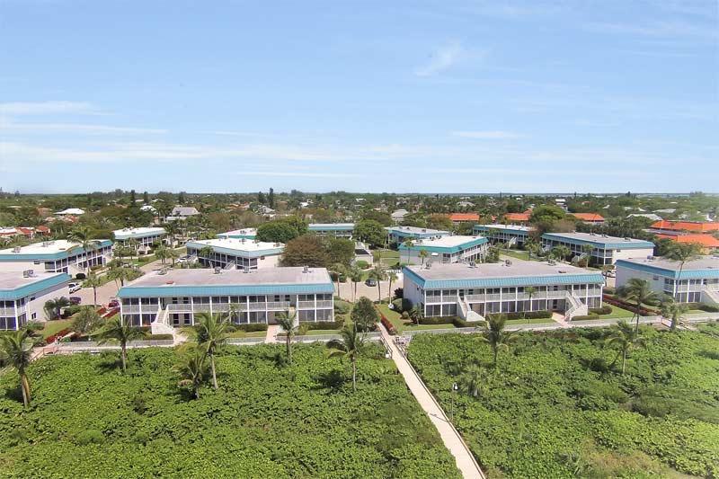 Aerial view of the Sanibel Arms West condominium.